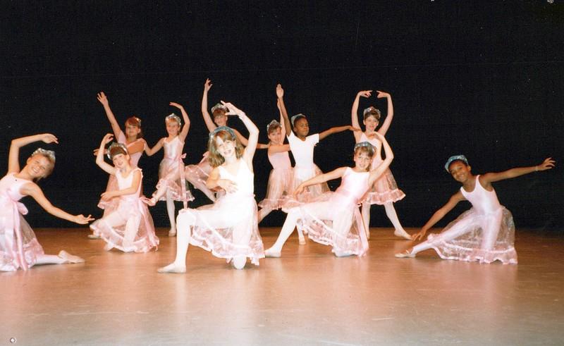 Dance_0670_a.jpg