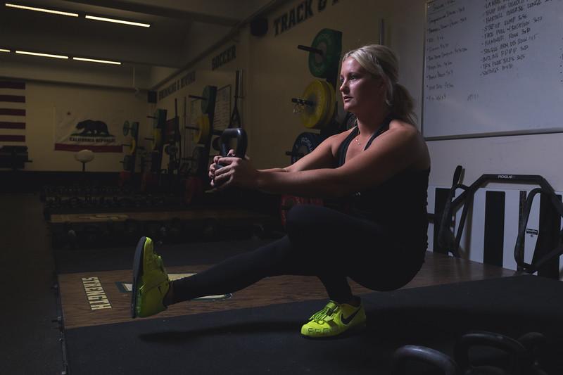Sara_weightroom_1stars-40_IMG_4172.jpg