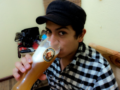 andres-with-beer-2_5364472753_o.jpg