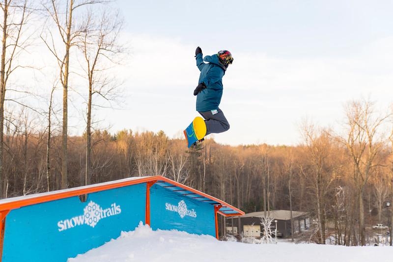 Kick-Off-2014_Snow-Trails-57.jpg