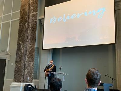 Andrew Peterson speaks Chapel