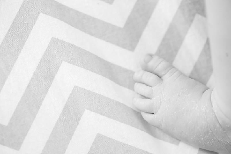 Aiden McFarland Newborn ~ 8.2014-270.jpg