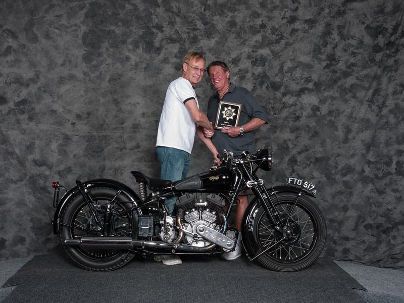 1939Brough-SuperiorSS80Winner:BobMitchellClass: Honorable Mention/Silver Star Award