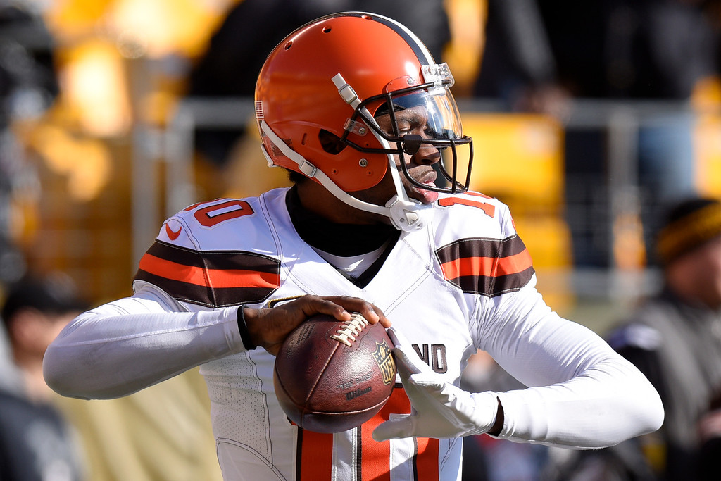 . Cleveland Browns quarterback Robert Griffin III (10) warms up before an NFL football game against the Pittsburgh Steelers in Pittsburgh, Sunday, Jan. 1, 2017. (AP Photo/Gene J. Puskar)