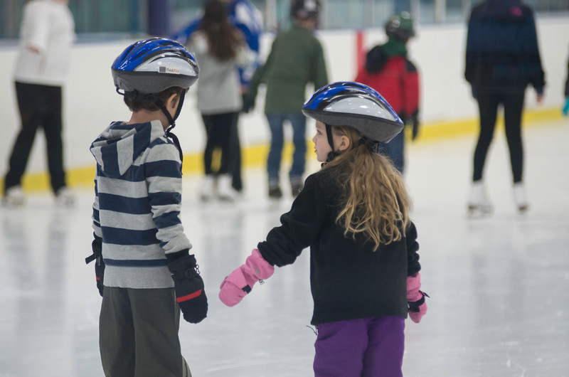February 2015 Skating lessons - Ada and Dylan - _CAI7739.jpg