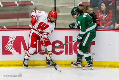 UW Sports - Women's Hockey - Oct 23, 2015