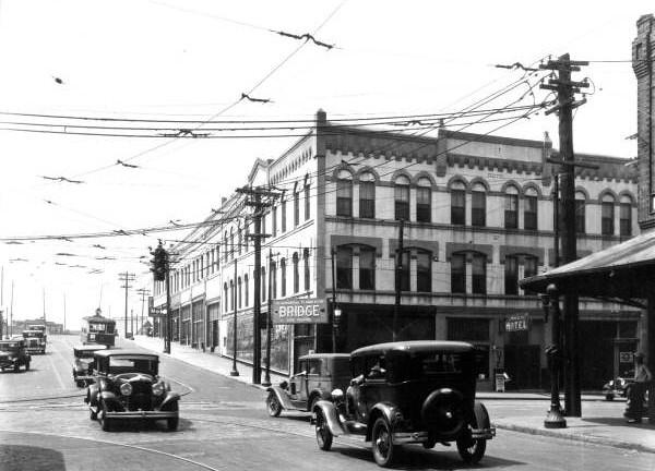 Broad at Bay Street.jpg