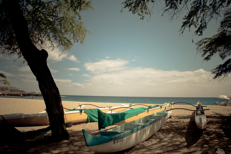 lanai beach boats.jpg
