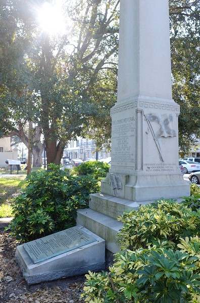 Loring Monument - extra.JPG