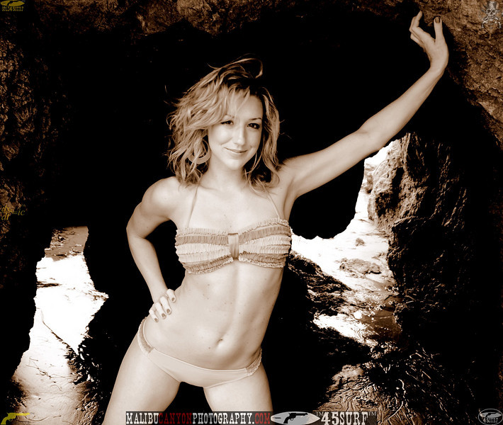 malibu matador swimsuit model beautiful woman 45surf 641,.,090..,.
