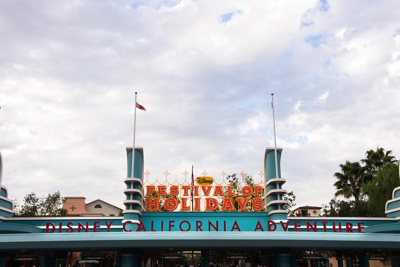 2016-11-19 Disneyland 002.jpg