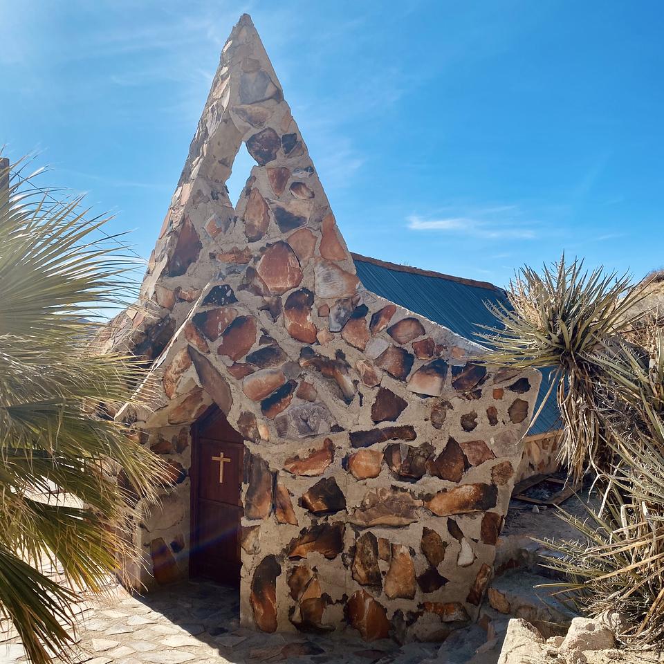 Christ Desert Park Yucca Valley California The Rock Chapel