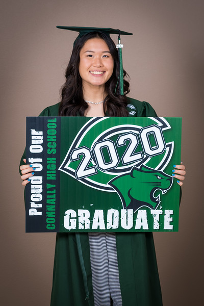 20200521_sarah-friends-connally-graduation_008.jpg