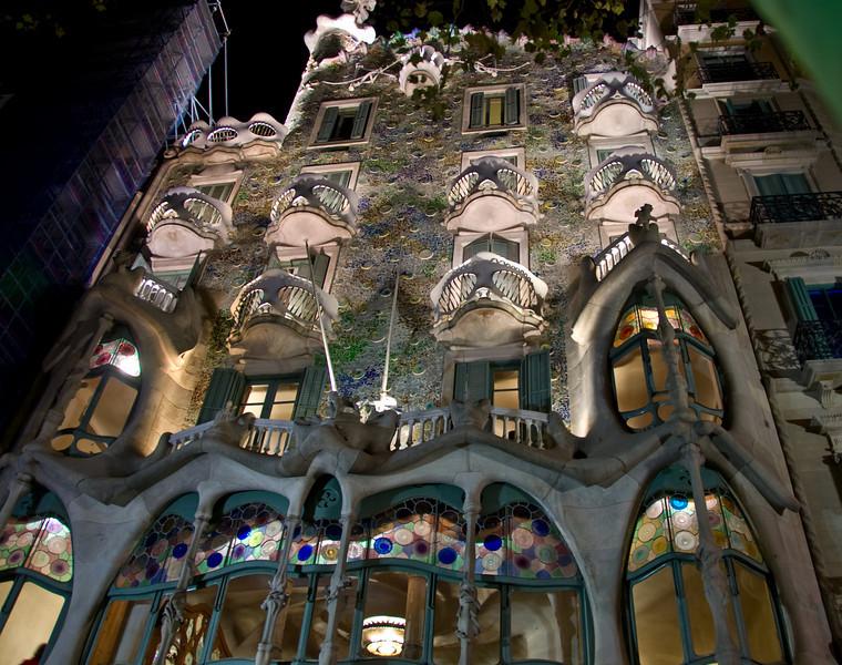 The facade of Casa Batlló. (Dec 11, 2007, 09:27pm)