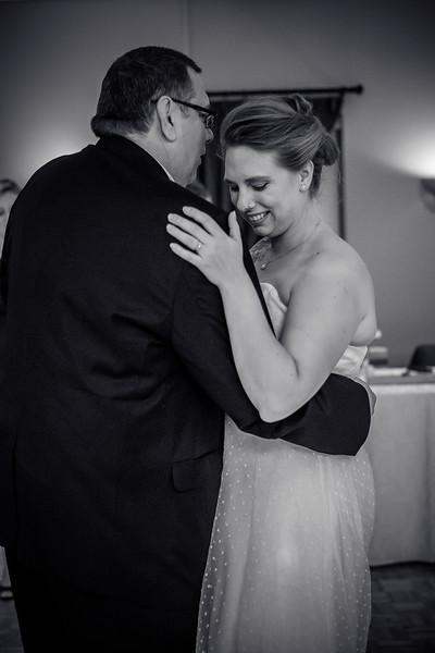 EDITS - Ryan and Lindsey Wedding 2014-344.jpg
