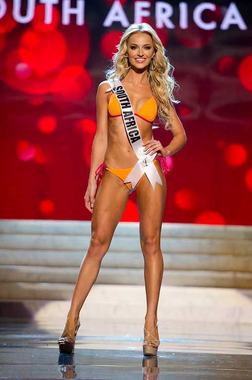 . Miss South Africa Melinda Bam competes in her Kooey Australia swimwear and Chinese Laundry shoes during the Swimsuit Competition of the 2012 Miss Universe Presentation Show at PH Live in Las Vegas, Nevada December 13, 2012. The 89 Miss Universe Contestants will compete for the Diamond Nexus Crown on December 19, 2012. REUTERS/Darren Decker/Miss Universe Organization/Handout