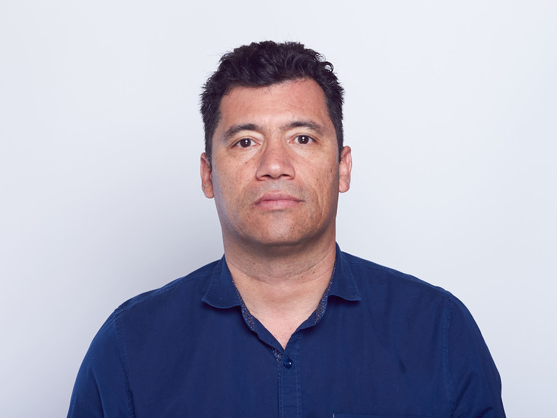 Óscar Dueñas-VRTLPRO Headshots-0037.jpg