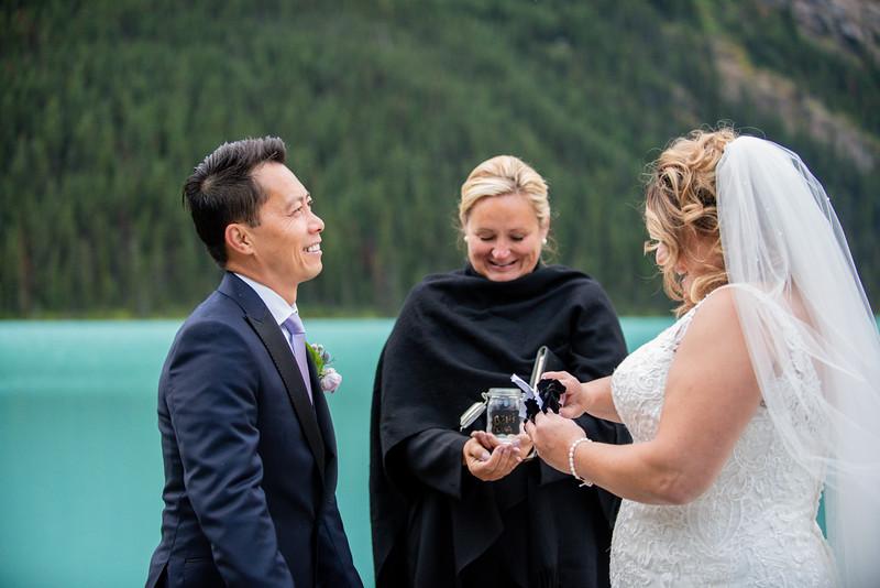 WeddingDay0202-750_4096.jpg