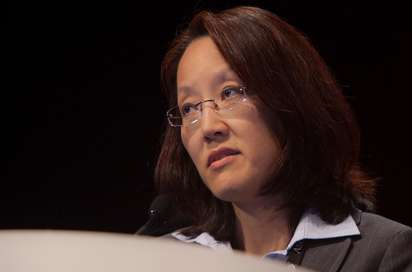 Chicago, IL - ASCO 2012 Annual Meeting: - Eunice L. Kwak Discussion during Developmental Therapeutics - Experimental Therapeutics at the American Society for Clinical Oncology (ASCO) Annual Meeting here today, Sunday June 3, 2012.  Over 31,000 physicians, researchers and healthcare professionals from over 100 countries are attending the meeting which is being held at the McCormick Convention center and features the latest cancer research in the areas of basic and clinical science. Photo by © ASCO/Silas Crews 2012 Technical Questions: todd@toddbuchanan.com; ASCO Contact: photos@asco.org