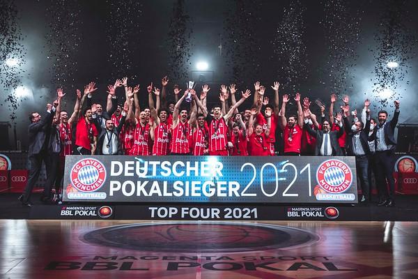 TOP FOUR 2021 | Pokalsieg | FC Bayern München