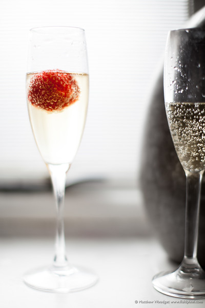 Woodget-140531-073--champagne, glass - kitchen objects, strawberry - berries - food, wedding - celebration - events - social.jpg