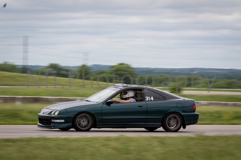 Flat Out Group 3-124.jpg