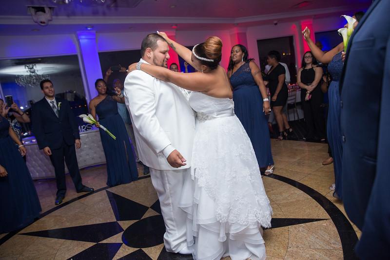 MER__0871_tonya_josh_new jerrsey wedding photography.jpg