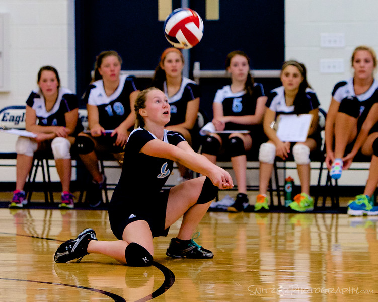 Willows academy  HS Volleyball 9-2014 26.jpg