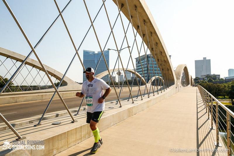 Fort Worth-Social Running_917-0599.jpg