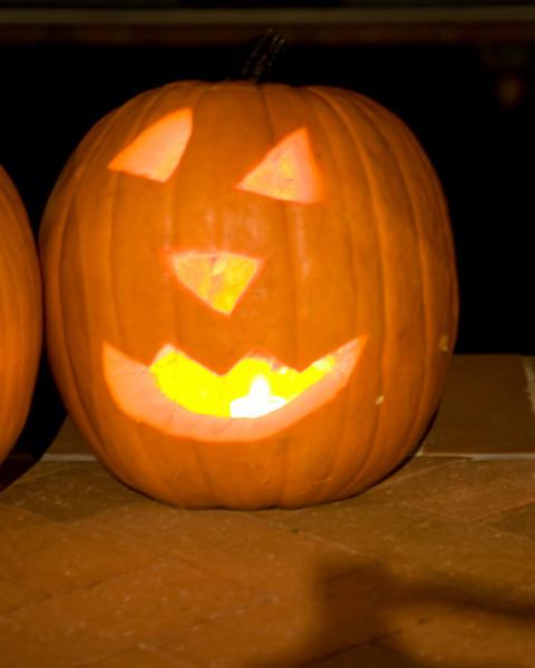 Halloween at Mels - 102.jpg