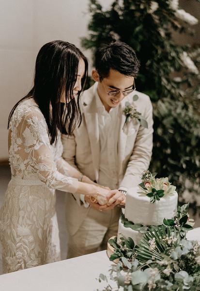 Kelly & Kenny Đà Nẵng destination wedding intimate wedding at Nam An Retreat _AP94619andrewnguyenwedding.jpg