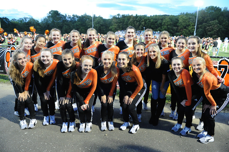 Dance Team 2017 Football 21631.jpg