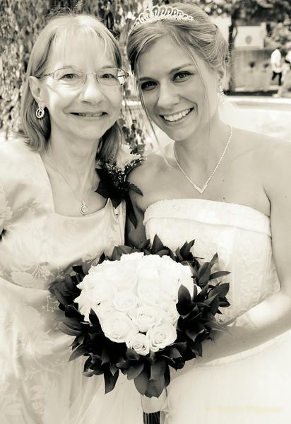 Jenkins Wedding Photos B&W-31.jpg