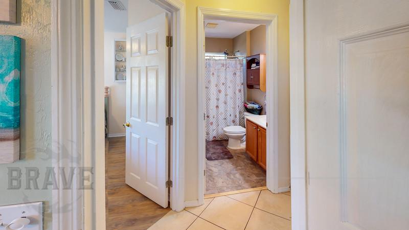 24430-NW-24th-Ave-Newberry-FL-Bathroom(1).jpg