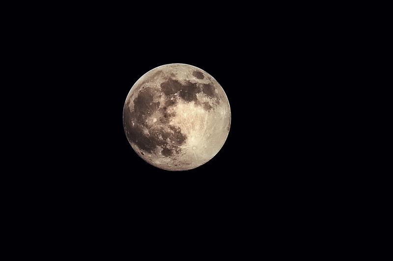 moon2 copy.jpg