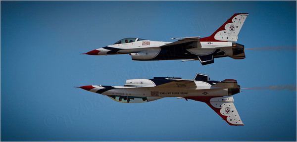 Thunderbirds Air Show - Travis Air Force Base
