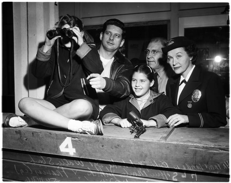 Police_women_feature_1957-3.jpg