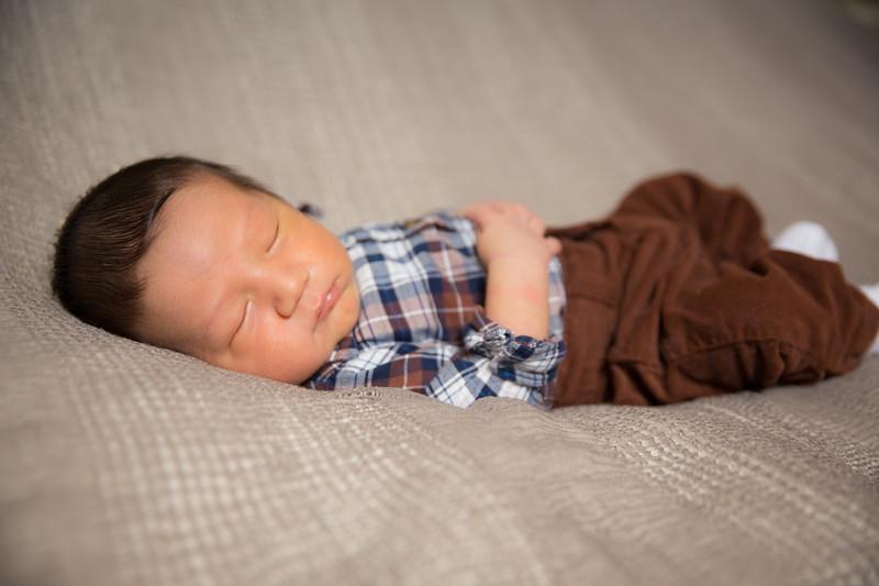 Baby Carlos-6.jpg