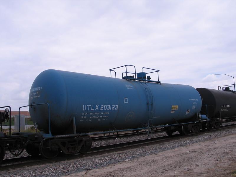 UTLX203123.JPG