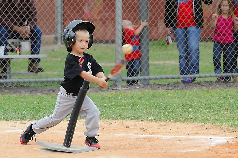 DSC_0712_0146_Baseball 101712.jpg