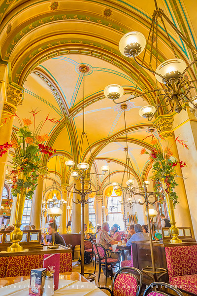 Café-Central-Vienna-Arch.jpg