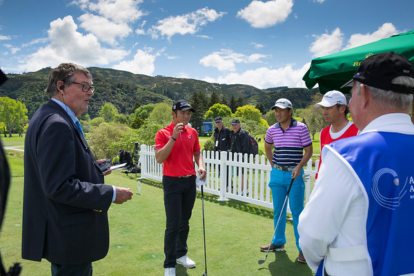 Jim Meikle brefing players and their caddies before the tee  off on the 1st hole on the 2nd day of competition  in the Asia-Pacific Amateur Championship tournament 2017 held at Royal Wellington Golf Club, in Heretaunga, Upper Hutt, New Zealand from 26 - 29 October 2017. Copyright John Mathews 2017.   www.megasportmedia.co.nz