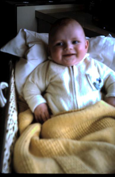 1971-10-28 (7) Allen 5 months.JPG
