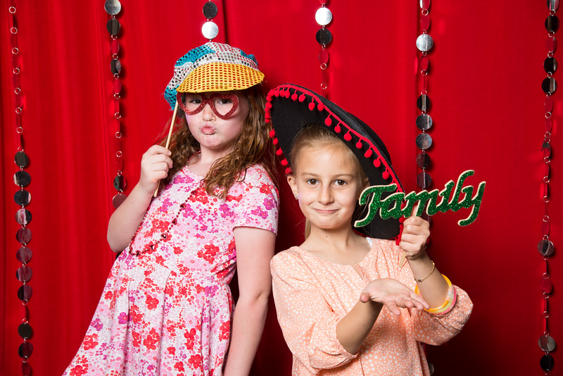 photo booth by Click Happy Productions-18.jpg