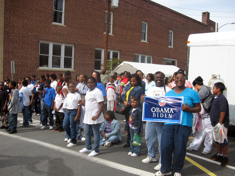 Plenty of Obama/Biden yard signs being distributed!