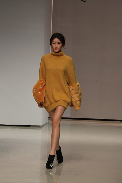 "Seoul Fashion Week ""Le Queen Couture"""