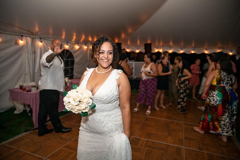 Rob & Gladys Wedding (2060).jpg