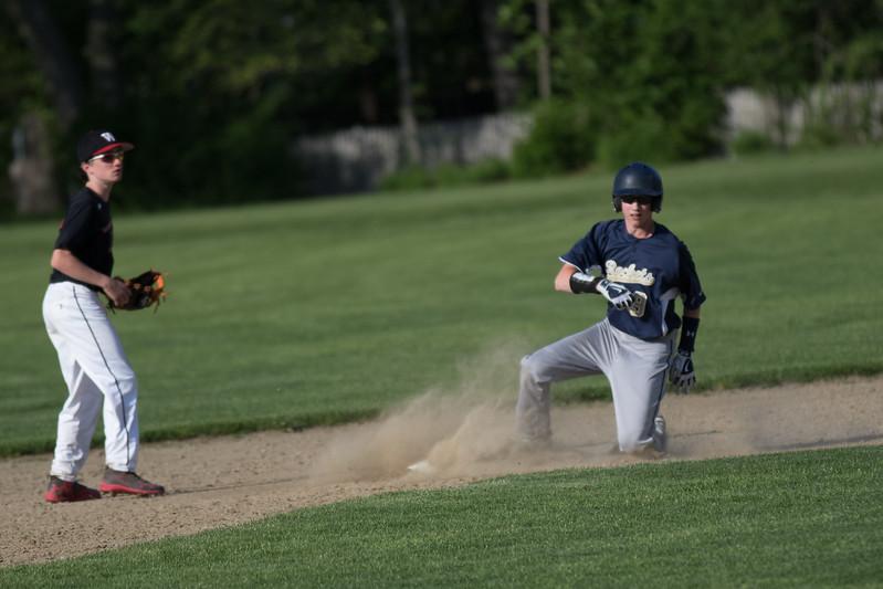 freshmanbaseball-170519-101-2.JPG