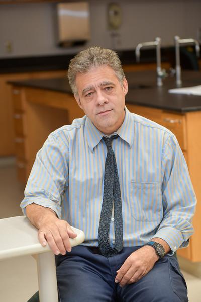 Dr. Tim Roach
