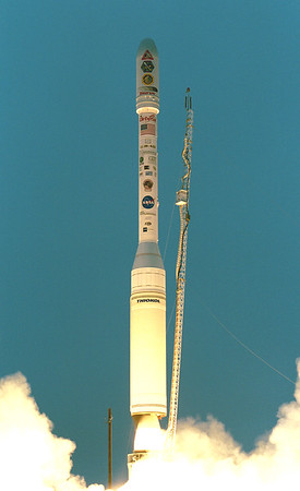 Taurus XL Orbview-4 / QuikTOMS launches from Vandenberg AFB. 09-21-2001